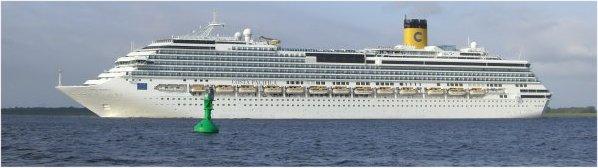 Costa Pacifica ab Kiel